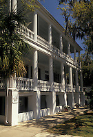 B&B, Beaufort, South Carolina, SC, The Rhett House Inn in the Historic District in the town of Beaufort in the spring.