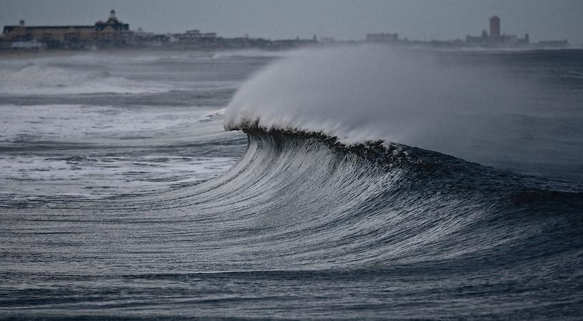 Brielle Road, Manasquan Beach. Dec. 13, 2010...photo © 2010 ANDREW MILLS DIGITAL MEDIA LLC...Surf temp. - 49ºF. Air temp - 30ºF. Winds sustained NNE 20 kts.  Windchill 17ª..photo by Andrew Mills..