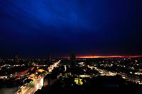 O dia amanhece após noite de chuvas torrenciais.<br /> Belém, Pará, Brasil.<br /> Foto Paulo Santos