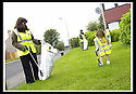"25/07/2007       Copyright Pic: James Stewart.File Name : jspa09_denny.DENNY RESIDENTS ""BOLD"" LITTER COLLECTING GROUP......James Stewart Photo Agency 19 Carronlea Drive, Falkirk. FK2 8DN      Vat Reg No. 607 6932 25.Office     : +44 (0)1324 570906     .Mobile   : +44 (0)7721 416997.Fax         : +44 (0)1324 570906.E-mail  :  jim@jspa.co.uk.If you require further information then contact Jim Stewart on any of the numbers above........."