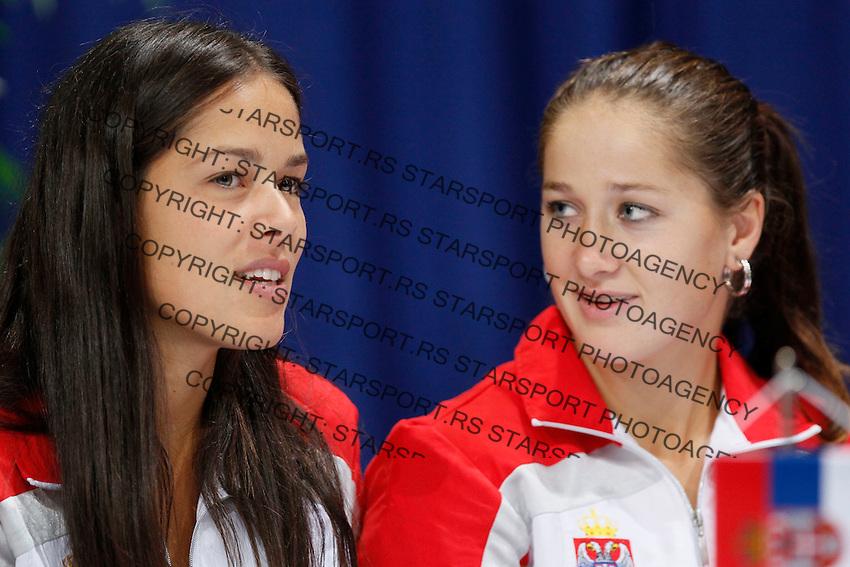 Tenis, Fed Cup 2011, play-off for group A.Slovakia Vs. Serbia, Official Draw.Ana Ivanovic, left and Bojana Jovanovska.Bratislava, 15.04.2011..foto: Srdjan Stevanovic/Starsportphoto ©