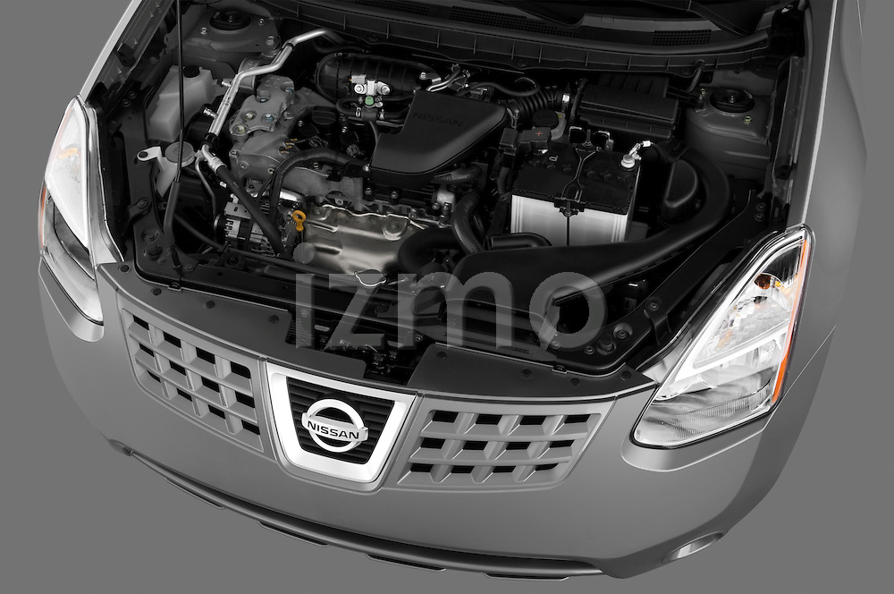 High angle detail engine view of a 2009 Nissan Rogue SL