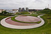 milano il laghetto del nuovo parco al quartiere portello --- milan, the pond of the new park at portello district