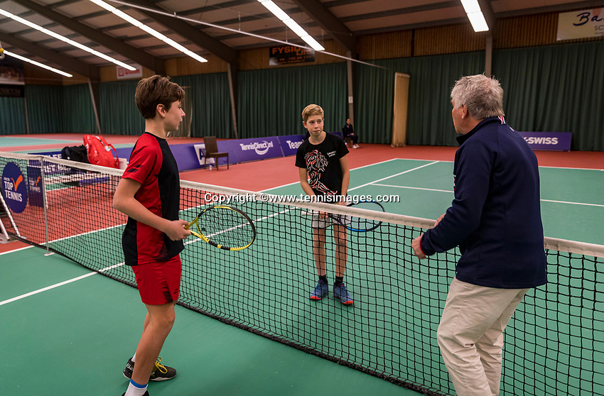 Wateringen, The Netherlands, December 1,  2019, De Rhijenhof , NOJK 12 and16 years, Final boys 12 years: Toss ltr: Mees Röttgering (NED) and Thijs Boogaard (M) (NED)<br /> Photo: www.tennisimages.com/Henk Koster