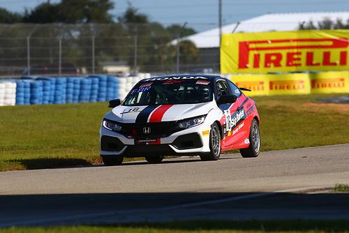 Skip Barber Racing School Honda Civic Si:Carter Fartuch