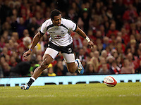 Pictured: Waisea Nayacalevu of Fiji scoring a try which was eventually disallowed. Saturday 15 November 2014<br />