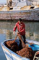 -  fisherman in Mazara del Vallo port....-  pescatore nel porto di Mazara del Vallo