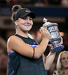 Bianca Andreescu (CAN) celebrates her victory over Serena Williams (USA) 6-3, 7-5