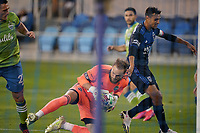 SAN JOSE, CA - OCTOBER 18: Stefan Frei #24 of the Seattle Sounders denies Chris Wondolowski #8 of the San Jose Earthquakes during a game between Seattle Sounders FC and San Jose Earthquakes at Earthquakes Stadium on October 18, 2020 in San Jose, California.