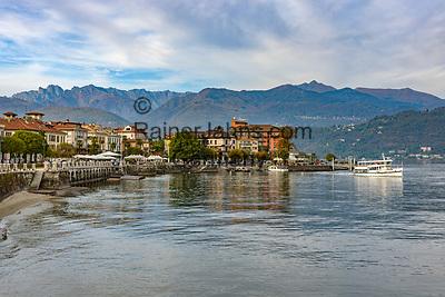 Italy, Piedmont, Baveno: starting point to the Borrmean island (Isole Borromee) | Italien, Piemont, Baveno: von hier verkehren die Ausflugsschiffe zu den Borromaeischen Inseln