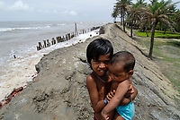 "Asien Suedasien Indien Westbengalen Gangesdelta Sundarbans , Sagar Island , vom Meer zerstoerter Deich - Klimawandel Kuestenschutz ansteigender Meeresspiegel | <br /> South asia India Ganges river delta Sundarbans in West-Bengal , Sagar Island , broken dyke due to sea erosion - climate change raising sealevel  | [ copyright (c) Joerg Boethling / agenda , Veroeffentlichung nur gegen Honorar und Belegexemplar an / publication only with royalties and copy to:  agenda PG   Rothestr. 66   Germany D-22765 Hamburg   ph. ++49 40 391 907 14   e-mail: boethling@agenda-fototext.de   www.agenda-fototext.de   Bank: Hamburger Sparkasse  BLZ 200 505 50  Kto. 1281 120 178   IBAN: DE96 2005 0550 1281 1201 78   BIC: ""HASPDEHH"" ,  WEITERE MOTIVE ZU DIESEM THEMA SIND VORHANDEN!! MORE PICTURES ON THIS SUBJECT AVAILABLE!!  ] [#0,26,121#]"