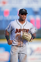 Jupiter Hammerheads left fielder Stone Garrett (33) jogs off the field during a game against the Dunedin Blue Jays on August 14, 2018 at Dunedin Stadium in Dunedin, Florida.  Jupiter defeated Dunedin 5-4 in 10 innings.  (Mike Janes/Four Seam Images)