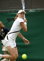 26-6-06,England, London, Wimbledon, first round match, Martina Hingis