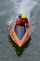 22-W    (Outboard Runabout)
