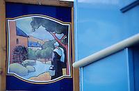 """Europe/France/Bretagne/29/Finistère/Pont-Aven: Enseigne de la boutique des galettes """"Petit Breton"""""""