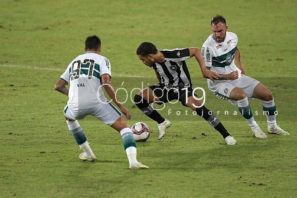 Rio de Janeiro (RJ), 05/06/2021 - BOTAFOGO-CORITIBA - Marco Antônio (c), do Botafogo. Partida entre Botafogo e Coritiba, válida pela Série B do Campeonato Brasileiro, realizada no Estádio Nilton Santos, neste sábado (05).