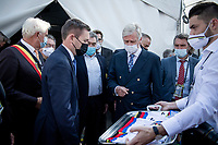 His Royal Highness King Philip of Belgium visiting today's events and meeting with riders and officials backstage<br /> Joined by UCI President David Lappartient and the one and only 'King of Cycling' Eddy Merckx<br /> <br /> Mixed Relay TTT <br /> Team Time Trial from Knokke-Heist to Bruges (44.5km)<br /> <br /> UCI Road World Championships - Flanders Belgium 2021<br /> <br /> ©kramon
