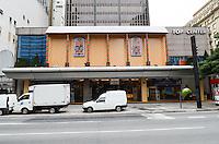 ATENCAO EDITOR: FOTO EMBARGADA PARA VEICULOS INTERNACIONAIS. SAO PAULO, SP, 14 DE NOVEMBRO DE 2012 - Decoracao de Natal do Shopping Top Center, na Avenida Paulista, regiao central, na manha desta quarta feira, 14  FOTO: ALEXANDRE MOREIRA - BRAZIL PHOTO PRESS.