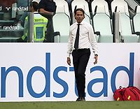Calcio, Serie A: Juventus - Lazio, Torino, Allianz Stadium, 25 agosto, 2018.<br /> Lazio's coach Simone Inzaghi looks on with during the Italian Serie A football match between Juventus and Lazio at Torino's Allianz stadium, August 25, 2018.<br /> UPDATE IMAGES PRESS/Isabella Bonotto