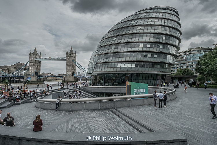 The public realm around London City Hall is managed by private company More London and owned by the Kuwaiti Sovereign Wealth Fund