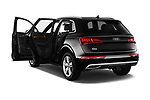 Car images close up view of a 2018 Audi Q5 Design 5 Door SUV doors