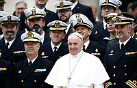 Papa Francesco posa con alcuni membri della Marina militare spagnola al termine dell'udienza generale del mercoledi' in Piazza San Pietro, Citta' del Vaticano, 15 novembre, 2017.<br /> Pope Francis poses with members of the Spanish Navy at the end of his weekly general audience in St. Peter's Square at the Vatican, on November 15, 2017.<br /> UPDATE IMAGES PRESS/Isabella Bonotto<br /> <br /> STRICTLY ONLY FOR EDITORIAL USE