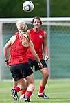 15.06.2011, Steinbergstadion, Leogang, AUT, FIFA WOMENS WORLDCUP 2011, PREPERATION, USA, im Bild Abby Wambach, (USA, #20)während eines Trainings zur Vorbereitung auf die FIFA Damen Fussball Weltmeisterschaft 2011 in Deutschland // during a Trainingssession for the FIFA Women´s Worldcup 2011 in Germany, on 2011/06/15, Steinberg Stadium, Leogang, Austria, EXPA Pictures © 2011, PhotoCredit: EXPA/ J. Feichter