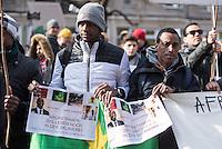 """Etwa 200 Menschen beteiligten sich am Samstag den 27. Februar 2016 zum Jahrestag der sog. """"Berliner Afrika-Konferenz"""" an einem Gedenkmarsch in Erinnerung an die Opfer des Kolonialismus, des Sklavenhandels und der Ausbeutung Afrkias durch die Europaeischen Staaten. Sie forderten die Beendigung der Besetzung der Westsahara durch Marokko und ein Ende der Sklaverei in Mauretanien, wo nach unabhaengigen Angaben noch ca. 20 Prozent der Bevoelkerung versklavt sind.<br /> 27.2.2016, Berlin<br /> Copyright: Christian-Ditsch.de<br /> [Inhaltsveraendernde Manipulation des Fotos nur nach ausdruecklicher Genehmigung des Fotografen. Vereinbarungen ueber Abtretung von Persoenlichkeitsrechten/Model Release der abgebildeten Person/Personen liegen nicht vor. NO MODEL RELEASE! Nur fuer Redaktionelle Zwecke. Don't publish without copyright Christian-Ditsch.de, Veroeffentlichung nur mit Fotografennennung, sowie gegen Honorar, MwSt. und Beleg. Konto: I N G - D i B a, IBAN DE58500105175400192269, BIC INGDDEFFXXX, Kontakt: post@christian-ditsch.de<br /> Bei der Bearbeitung der Dateiinformationen darf die Urheberkennzeichnung in den EXIF- und  IPTC-Daten nicht entfernt werden, diese sind in digitalen Medien nach §95c UrhG rechtlich geschuetzt. Der Urhebervermerk wird gemaess §13 UrhG verlangt.]"""