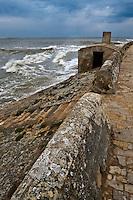 Europe/France/Poitou-Charentes/17/Charente-Maritime/Ile de Ré/Ars-en-Ré: Digue du  Martray .Le Martray est un isthme de l'Île de Ré