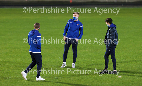 Dunfermline v St Johnstone…15.12.20   East End Park      BetFred Cup<br />David Wotherspoon taking a look at the pitch after arriving at East End Park with Liam Craig and Alex Ferguson.<br />Picture by Graeme Hart.<br />Copyright Perthshire Picture Agency<br />Tel: 01738 623350  Mobile: 07990 594431