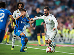 Isco Alarcon (R) of Real Madrid battles for the ball with Francisco Portillo Soler of Getafe CF during the La Liga 2018-19 match between Real Madrid and Getafe CF at Estadio Santiago Bernabeu on August 19 2018 in Madrid, Spain. Photo by Diego Souto / Power Sport Images