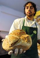 BIOPOLIS. Supermercato di alimenti e prodotti biologici e biodinamici.Biological and biodynamic food and products supermarket. ...