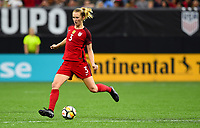 New Orleans, LA - Thursday October 19, 2017: Samantha Mewis during an International friendly match between the Women's National teams of the United States (USA) and South Korea (KOR) at Mercedes Benz Superdome.