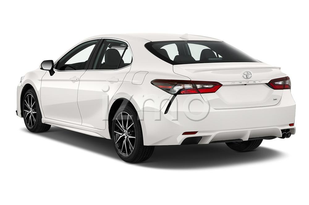 Car pictures of rear three quarter view of 2021 Toyota Camry SE 4 Door Sedan Angular Rear
