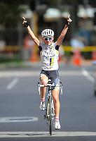 HTC Highroad Women's Amanda Miller (USA) celebrates winning the Criterium. NZCT Women's Cycling Tour of New Zealand Stage 6 - Criterium at Lambton Quay, Wellington, New Zealand on Sunday, 27 February 2011. Photo: Dave Lintott / lintottphoto.co.nz