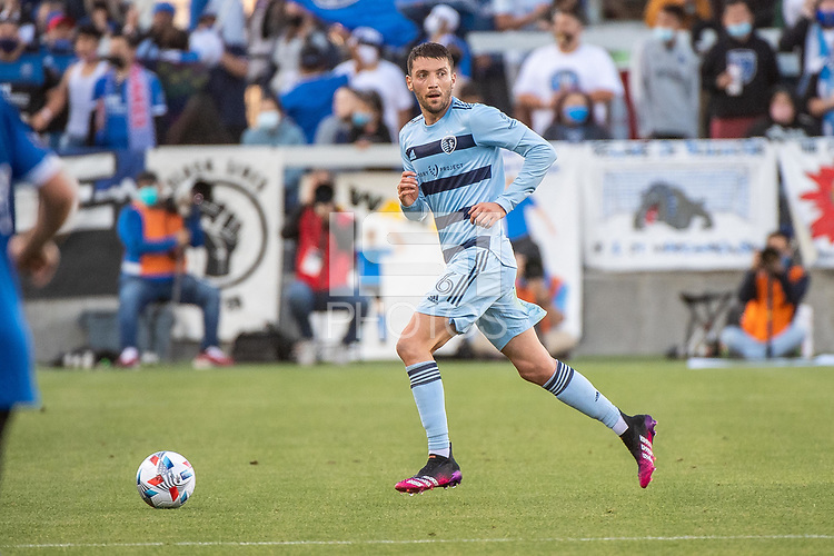 SAN JOSE, CA - MAY 22: Ilie Sanchez #6 of Sporting Kansas City dribbles the ball during a game between San Jose Earthquakes and Sporting Kansas City at PayPal Park on May 22, 2021 in San Jose, California.