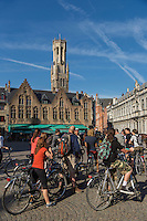 Belgique, Flandre-Occidentale, Bruges, centre historique classé Patrimoine Mondial de l'UNESCO, Place du Bourg : Burg  et la La tour du Beffroi, d'une hauteur de 83 m // Belgium, Western Flanders, Bruges, historical centre listed as World Heritage by UNESCO, The Burg and  Belfry Tower