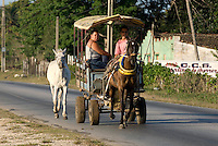 Cuba, Pferdetaxi bei  Sancti Spiritus