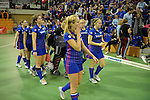 GER - Muelheim an der Ruhr, Germany, February 04: During the FinalFour semi-final women hockey match between Harvestehuder THC (yellow) and Mannheimer HC (blue) on February 4, 2017 at innogy Sporthalle in Muelheim an der Ruhr, Germany. Final score 4-2 (HT 1-2). (Photo by Dirk Markgraf / www.265-images.com) *** Local caption ***