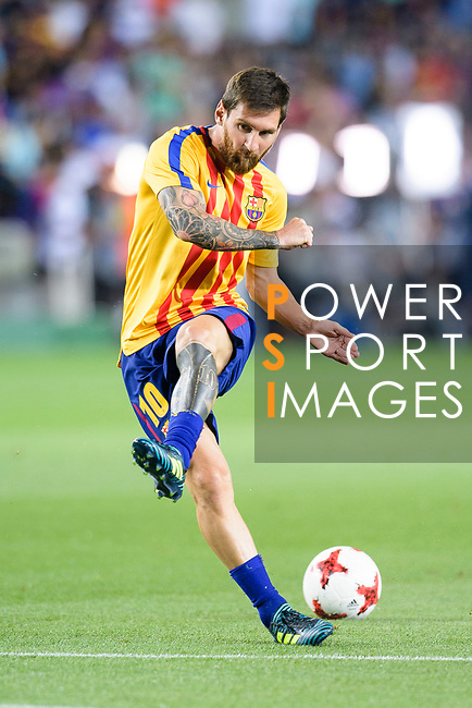 Lionel Messi of FC Barcelona warming up during the Supercopa de Espana Final 1st Leg match between FC Barcelona and Real Madrid at Camp Nou on August 13, 2017 in Barcelona, Spain. Photo by Marcio Rodrigo Machado / Power Sport Images