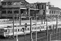 - Milano, marzo 1994, strutture industriali dismesse nel quartiere Bovisa e Ferrovie Nord<br /> <br /> - Milan, Mars 1994, disused industrial facilities in the Bovisa district and North Railwais