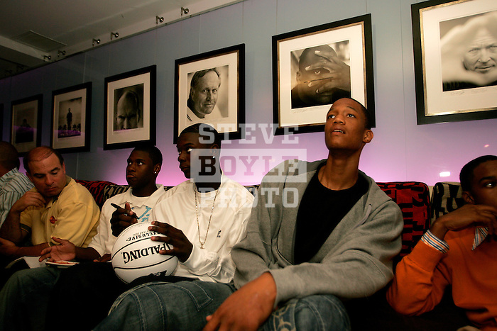 (R to L) Anthony Randolph, Lance Stephenson and Erving Walker were at Jay Z's 40/40 Club to watch MTV's Video Music Awards on TV on August 31, 2006.  The high school players were in town for the Elite 24 Hoops Classic, which brought together the top 24 high school basketball players in the country regardless of class or sneaker affiliation.