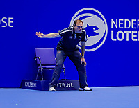 Rotterdam, Netherlands, December 15, 2017, Topsportcentrum, Ned. Loterij NK Tennis, Linesman<br /> Photo: Tennisimages/Henk Koster