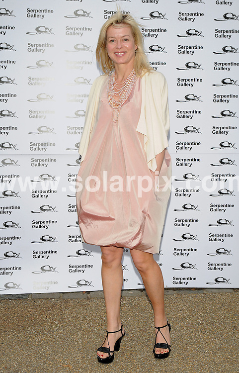 **ALL ROUND PICTURES FROM SOLARPIX.COM**.**WORLDWIDE SYNDICATION RIGHTS**.Outside arrivals at the Serpentine art gallery Summer Party 2009.  Held at the Serpentine, Hyde Park, London, UK. July 08, 2009...This pic: Lady Helen Taylor..JOB REF: 9463 SSD     DATE: 09_07_2009.**MUST CREDIT SOLARPIX.COM OR DOUBLE FEE WILL BE CHARGED**.**ONLINE USAGE FEE GBP 50.00 PER PICTURE - NOTIFICATION OF USAGE TO PHOTO @ SOLARPIX.COM**.**CALL SOLARPIX : +34 952 811 768 or LOW RATE FROM UK 0844 617 7637**