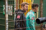 10.09.2020, Trainingsgelaende am wohninvest WESERSTADION - Platz 12, Bremen, GER, 1.FBL, Werder Bremen Training<br /> <br /> <br /> Florian Kohfeldt (Trainer SV Werder Bremen) Theodor Gebre Selassie (Werder Bremen #23)<br /> <br /> <br /> Foto © nordphoto / Kokenge