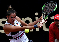 BOGOTÁ-COLOMBIA, 12-04-2019: Sara Sorribes de España, devuelve la bola a Beatriz Haddad de Brasil, durante partido por el Claro Colsanitas WTA, que se realiza en el Carmel Club en la ciudad de Bogotá. / Sara Sorribes of Spain, returns the ball against Beatriz Haddad of Brazil, during a match for the WTA Claro Colsanitas, which takes place at Carmel Club in Bogota city. / Photo: VizzorImage / Luis Ramírez / Staff.