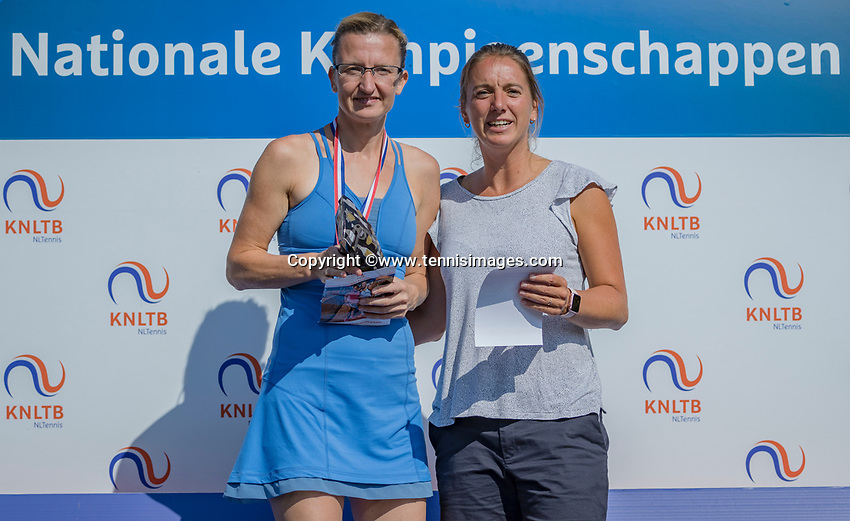 Etten-Leur, The Netherlands, August 27, 2017,  TC Etten, NVK, Winner womans 35+ Regina Balcune (L) and runner up Stéphanie Kuiper<br /> Photo: Tennisimages/Henk Koster
