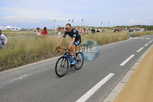 Chris Froome (GBR) Team Sky in Le Touquet for the start of Stage 4 of the 2014 Tour de France running 163.5km from Le Touquet to Lille. 8th July 2014.<br /> Picture: Eoin Clarke www.newsfile.ie