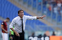 Calcio, Serie A: Roma vs Sassuolo. Roma, stadio Olimpico, 20 settembre 2015.<br /> Roma's coach Rudi Garcia gestures to his players during the Italian Serie A football match between Roma and Sassuolo at Rome's Olympic stadium, 20 September 2015.<br /> UPDATE IMAGES PRESS/Isabella Bonotto