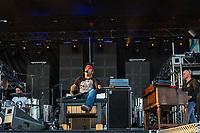 Martin Deschamps en spectacle, le 16 juin 2012, a Ste-Catherine<br /> <br /> <br /> <br /> PHOTO :  Agence Quebec Presse